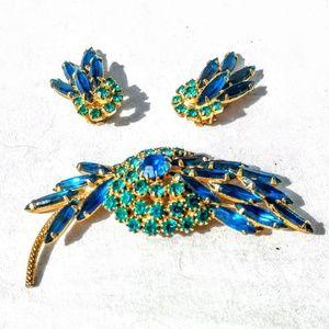 VTG Juliana Demi Parure Set- Brooch & Earrings